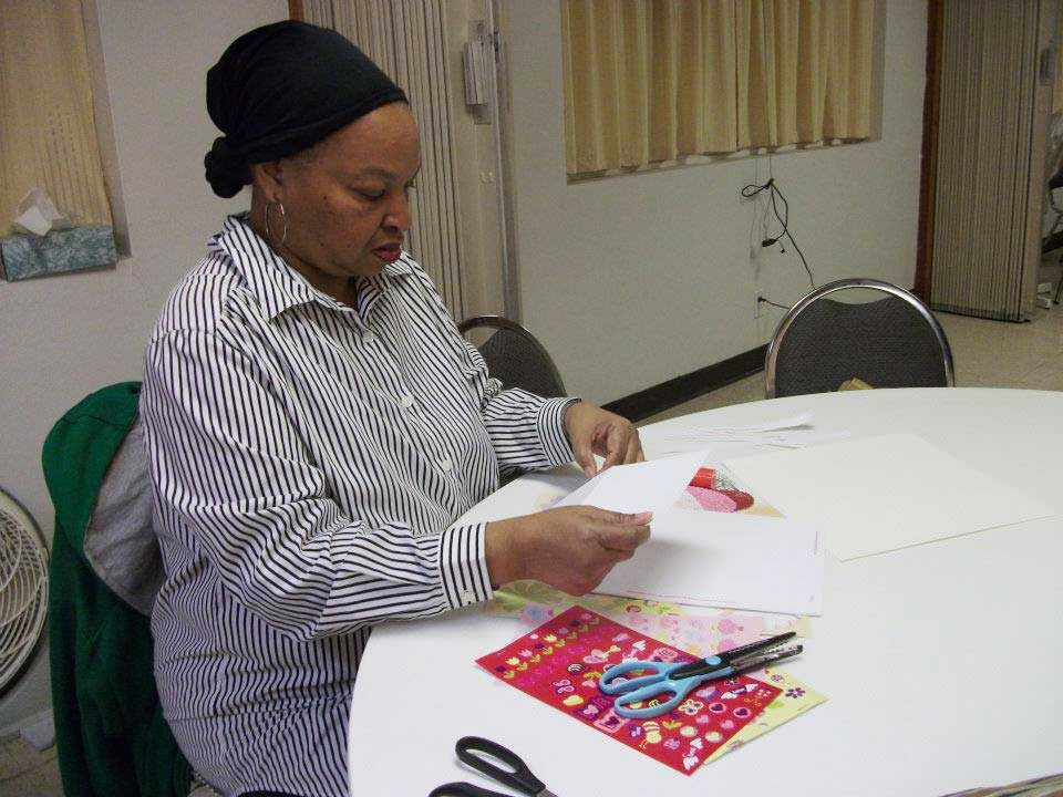 Alumni Making Valentine's Cards